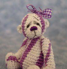 Thread Bear by Sue Aucoin