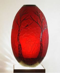 Petersburg artist Duncan McClellan inspires us with his amazing glass work. One of his pieces will be up for bid at our Auction for Education at Mahaffey Theater, March www. Glass Vessel, Glass Ceramic, Mosaic Glass, Fused Glass, Stained Glass, Ceramic Art, Art Of Glass, Glass Design, Hand Blown Glass