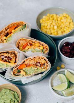 Burritos, Love Food, A Food, Pizza Wraps, Vegan Burrito, Latin Food, Vegan Recipes, Vegan Food, Enchiladas