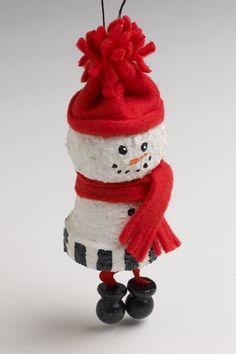 Snowman Ornament Easy Christmas Ornaments, Merry Christmas, Christmas Clay, Christmas Gift Decorations, Snowman Ornaments, Christmas Snowman, Christmas Projects, Winter Christmas, Homemade Christmas