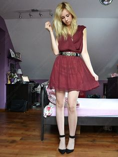 A-line Scoop Chiffon Short/Mini Burgundy Sashes / Ribbons Cocktail Dress at sweetquinceaneradress.com