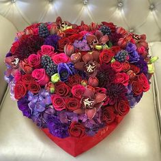 Dear JLF admirers and customers we are experiencing extremely high call volumes. The quickest and easiest way to place an order for Valentines Day is through our website at www.JadoreLesFleurs.com . Thank you