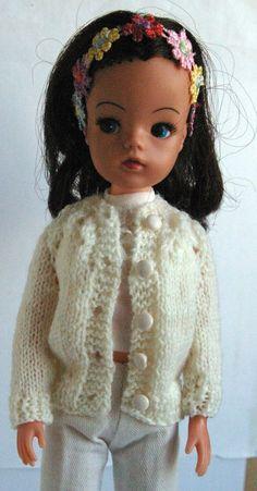 Cream 100% wool Sindy cardigan with lacy yoke DOLLS Tammy Tressy Barbie Susi  | eBay