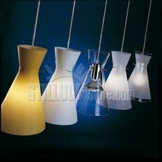 De Majo Memory S1G Sospensione Grande Diffusore disponibile nei seguenti colori: ambra satinato, bianco satinato, cristallo, cristallo sabbiato bordo acidato, cristallo sabbiato bordo trasparente. Montatura in metallo cromato.