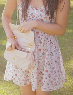 Image uploaded by helen. Find images and videos about girl, fashion and pretty on We Heart It - the app to get lost in what you love. Cute Summer Dresses, Cute Dresses, Casual Dresses, Summer Outfits, Floral Dresses, Summer Clothes, Classy Outfits, Cute Outfits, Dress Outfits