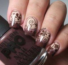 Оригинальный коричневый маникюр - Дизайн ногтей