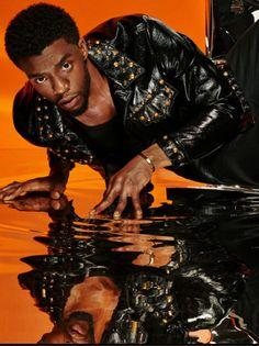 Black Panther 2018, Black Panther Marvel, Loki Thor, My Black Is Beautiful, Beautiful Men, Beautiful People, Black Panther Chadwick Boseman, Black Actors, Black Pride