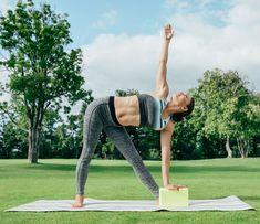 12 nyújtó gyakorlat, amivel otthon is hatékonyan égetheted a zsírt | Kuffer