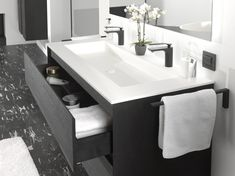 Inspiring trends: warm woods like black oak, anti-fog mirrors. The frames also appear in combination with Italian furniture and showers. Black fittings and accessories complete the offer! Black Fitting, Sink, Decor, Wood, Inspiration, Mirror, Italian Furniture, Warm Wood, Home Reno