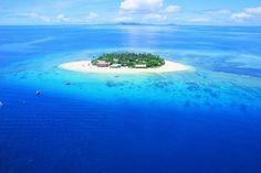 Più che essere vista mare il Beachcomber Island Resort è circondato dal mare! Si trova nell'incantevole Beachcomber Island, isole Fiji.