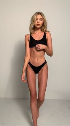 I'm pro skinny and pro health Skinny Inspiration, Fitness Inspiration Body, Summer Body Goals, Aesthetic Body, Sport Motivation, Workout Motivation, Skinny Girls, Bikini Bodies, Perfect Body