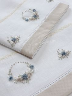 Hand Embroidery Videos, Hand Embroidery Flowers, Hand Embroidery Tutorial, Baby Embroidery, Silk Ribbon Embroidery, Floral Embroidery Patterns, Hand Embroidery Designs, Pillowcase Pattern, Brazilian Embroidery