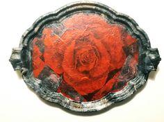Fat med rød rose