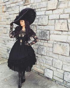 Gothic Lolita Aristocrat                                                       …