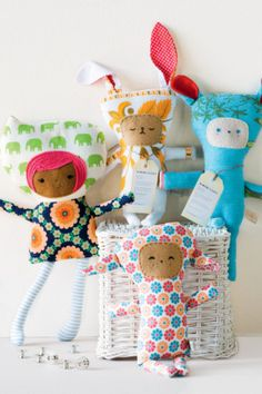 10 school holiday craft activities #kids #children #sewing #petrock #stamps #crayons #soap