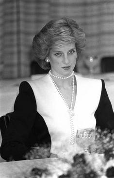時事ドットコム:永遠の輝きプリンセス・ダイアナと英王室特集