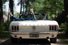 Weddingcar white mustang Credit: Masha Bakker Photography - auto, voertuig, volk, bijeenkomst, vervoer, buitenshuis