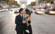 Family photo shoot in Paris! Arc de Triumph + a tuckered out 3 year old, too cute! 5 year anniversary photo shoot stylized by Rendez-vous in Paris