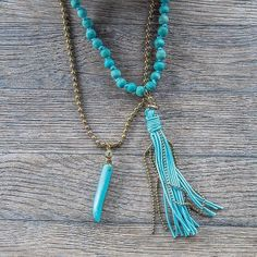 Complementos que saben a verano 🎉 Vístete de fiesta con este precioso ✨#collar matinée largo turquesa✨ Hazte con él en www.eljardindenoa.com  #ElJardinDeNoa #CollarMatinee #CollaresBonitos