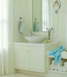 What are these kinds of sinks called?? Either way I love them!