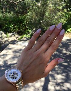 Pastel lavender color almond shaped nails. Click for more details: http://www.fit2fash.com/?p=652