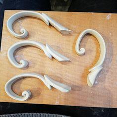 New handle design... Again! :p can't wait to post the final peices! #kaitlynceramics #kaiceramics #kai #kaitlynchipps #mudfire…