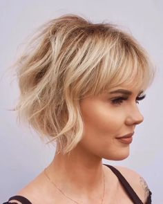 Medium Hair Cuts, Medium Hair Styles, Curly Hair Styles, Bob Hair Cuts, Medium Bob With Bangs, Razor Cut Hair, Bob Hairstyles For Thick, Hairstyles With Bangs, Older Women Hairstyles