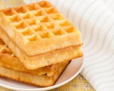 Gaufres légères sans gluten : http://www.fourchette-et-bikini.fr/recettes/recettes-minceur/gaufres-legeres-sans-gluten.html
