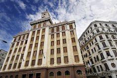 Edificio Bacardí en La Habana: las cosas que no sabías #Bacardí… http://www.cubanos.guru/edificio-bacardi-la-habana-las-cosas-no-sabias/