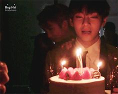 Taetae oppa on his bday💝🎉 Bts Taehyung, Jimin, Bts Vmin, Flower Boys, Daegu, Secret Life, My Sunshine, Hoseok, Funny Photos