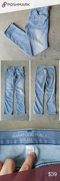 Banana Republic's The Traveler Light Denim Jeans Banana Republic men's denim jeans, size 30x32, in excellent but altered condition. Leg hems have been shortened--please refer to measurements. Light denim wash and skinnier fit. Style is the best selling The Traveler. Please ask any questions. No trades. Make a reasonable offer. Thanks! Banana Republic Jeans Slim Straight