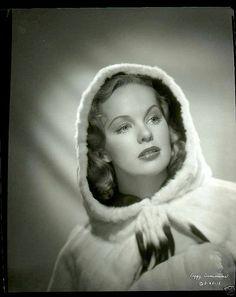 Peggy Cummins