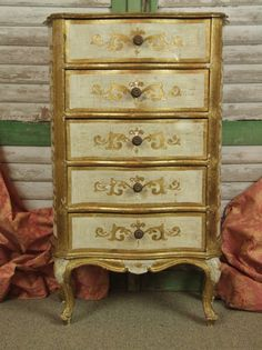 F711 - Tall & Gorgeous Vintage Italian Gilded Chest Of Drawers / Lamp Table C1950 - La Belle Étoffe