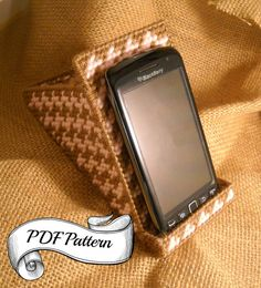 iPod Mobile Stand  Digital PDF Pattern  Tutorial  by MarieChadee
