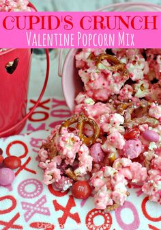 Crunch Valentine Popcorn Mix- This Mama Loves. Your family will love this fun recipe for Valentine's Day.Cupid's Crunch Valentine Popcorn Mix- This Mama Loves. Your family will love this fun recipe for Valentine's Day. Valentine Desserts, Valentines Day Food, Valentine Treats, Holiday Treats, Holiday Recipes, Valentine Party, Valentines Recipes, Valentine Popcorn Recipe, Valentines Day For Coworkers