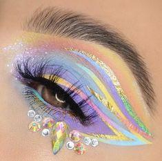 Crazy Eye Makeup, Makeup Eye Looks, Creative Makeup Looks, Colorful Eye Makeup, Eye Makeup Art, Cute Makeup, Eyeshadow Makeup, Eye Art, Eyeshadows