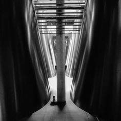 #medoc #pauillac #cellar #chais #chateaupichonlalande #wine #bordelais #igtravel #igersfrance #loves_france #picoftheday #vsco #1415mobilephotographers #instalife #instagood #instadaily #iphoneonly #lensculture #top_bnw #bnw_planet #bnw_demand #the_bestbw #bnw_life_shots #bnw_igers #unopix_bnw #ic_bw #jj_blackwhite #blackandwhitephotography #pocket_bnw #foto_blackwhite