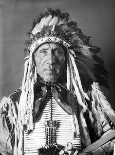 Tunwan Ogangan (David Ray). Yankton Dakota. 1905. Photo by De Lancey W. Gill.