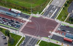 The future of transit in Markham is here! New intersections featuring the YRT/Viva bus lanes and bicycle lanes.