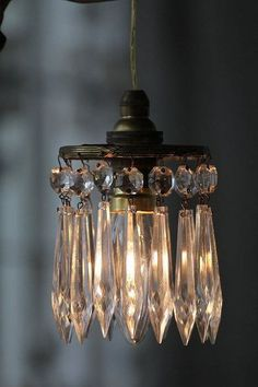 Shabby chic hanging lamp with crystals Mason Jar Sconce, Hanging Mason Jars, Edison Lampe, Deco Luminaire, Vintage Lighting, Industrial Lighting, Vintage Chandelier, Lamp Shades, Home Lighting