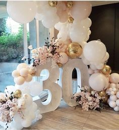 Wonderful Cost-Free Birthday Decorations Style You should not hire an insid. Wonderful Cost-Free Birthday Decorations Style You should not hire an inside designer to produce a large declaration at your future party. 30th Birthday Balloons, Moms 50th Birthday, 30th Balloons, 30th Birthday Ideas For Girls, 39th Birthday, Thirty Birthday, Gold Balloons, Man Birthday, Birthday Cake