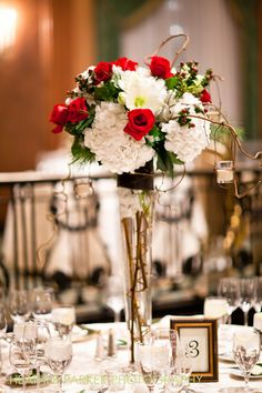 Christmas wedding flowers by Dilly Lily in Chicago at the InterContinental downtown