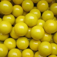 """Unique and Custom {1' Inch} Approx 2 Pound Set of Big """"Round"""" Opaque Marbles Made of Glass for Filling Vases, Games and Decor w/ Bright Sunny Lemon Drop Look Super Glossy Design (Yellow Color) ** Want to know more, click on the image. (This is an affiliate link and I receive a commission for the sales)"""