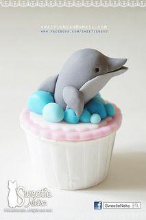 Dolphin Cupcake Dolphin Cupcakes, Kid Cupcakes, Animal Cupcakes, Fondant Cupcakes, Themed Cupcakes, Cupcake Cakes, Dolphin Food, Dolphin Party, Birthday Cake Writing