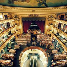 Opera house converted into a bookstore (Bueno Aires, Argentina) - El Ateneo Art Nouveau Arquitectura, Life List, Places Of Interest, Concert Hall, Adventure Is Out There, Oh The Places You'll Go, Vacation Spots, Coffee And Books, Opera House