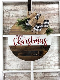 Christmas Wooden Signs, Christmas Crafts For Gifts, Farmhouse Christmas Decor, Christmas Projects, Christmas Fun, Christmas Wreaths, Christmas Door Hangers, Holiday Signs, Diy Christmas Door Decorations