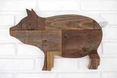 Rustic Wooden Pig Sign Wall Decor Wood Pig Country Farm Kitchen Folk Art #7500 Rustic Crafts, Wood Crafts, Pallet Crafts, Mural Wall Art, Wood Wall Art, Country Farm Kitchen, Pig Kitchen, Wood Pig, Wood Animal