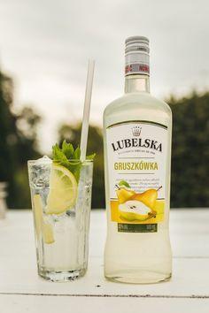 Bar Drinks, Alcoholic Drinks, Beverages, Drink Me, Food And Drink, Mojito, Whisky, Vodka Bottle, Nom Nom