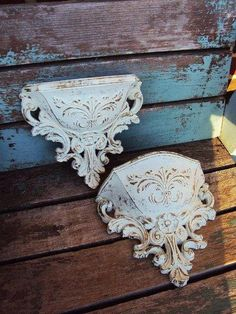 Vintage Shabby chic Wall Pocket Display Distressed Chippy