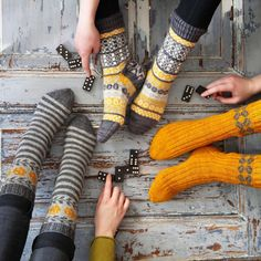 Knitting Socks, Hand Knitting, Knitting Patterns, Knit Socks, My Socks, Cool Socks, Knit Crochet, Crochet Hats, Sock Toys